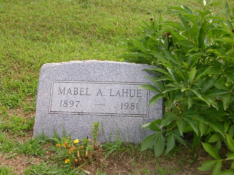 Mabel A. LAHUE Grave Photo
